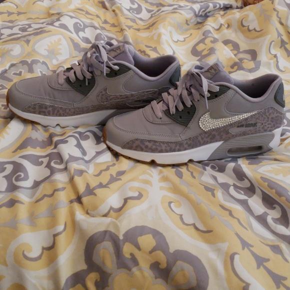 5a8ba0093c8c6 Nike Air Max 90 SE gray cheetah. M 5b85862de944ba399fbf5d73